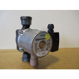 Wilo Solar Pumpe RS 25/7 1x230 V Heizungspumpe Zwei Stufig 1 1/2 Zoll  P14/744