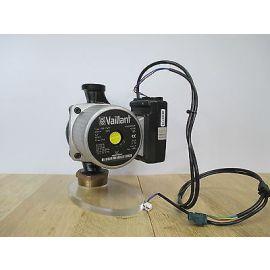 Grundfos Pumpe Vaillant VP8 PWM  1x230V Heizungspumpe Therme  KOST-EX P15/184