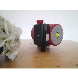Grundfos Pumpe UP 20-45 N Umwälzpumpe Zirkulationspumpe Pumpenkost P12/101