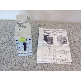 Unterspannungsrelais Wächter 3x400 V Dold Varimeter