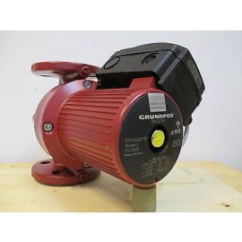 Grundfos Pumpe  UPS 32 - 30 F  Heizungspumpe Umwälzpumpe  1 x  230 V  P13/1147
