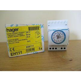 hager 24 H Schaltuhr mit Gang Reserve  Nr. 533179500  228111  EH111  S16/71