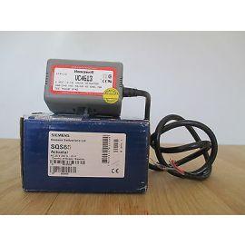 Siemens Honeywell 3 Wege Ventil VC4613  230 V Heizungsventil  Pumpenkost P15/401