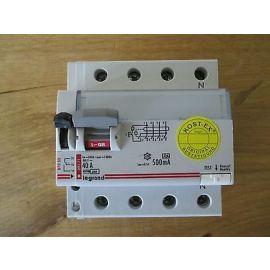 FI legrand Fehlerstromschutzschalter 09171  40 A 500 mA   Pumpenkost S16/132